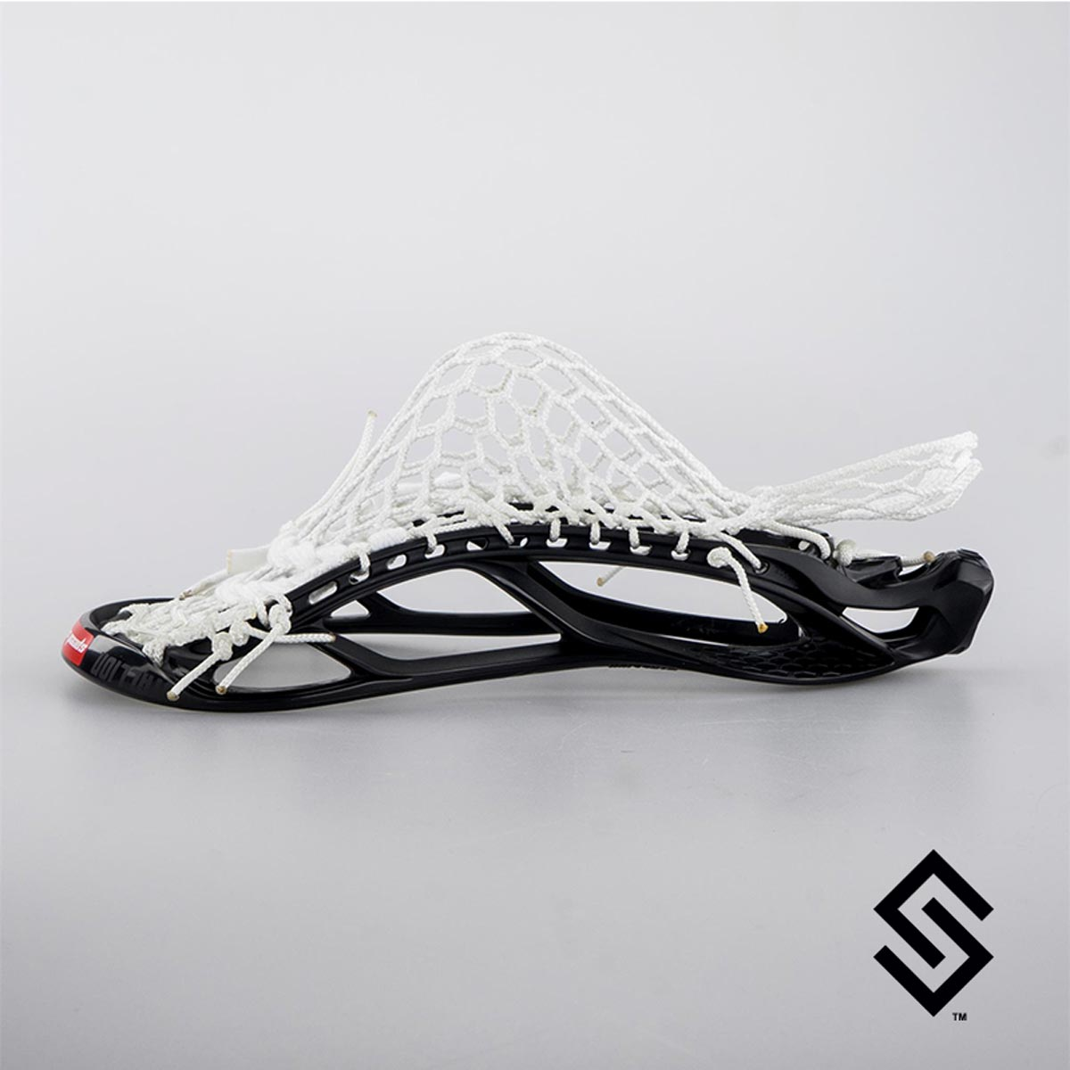 STX Stallion U 700 Lacrosse Head PRESTRUNG with PRO PLUS Memory Mesh POCKET
